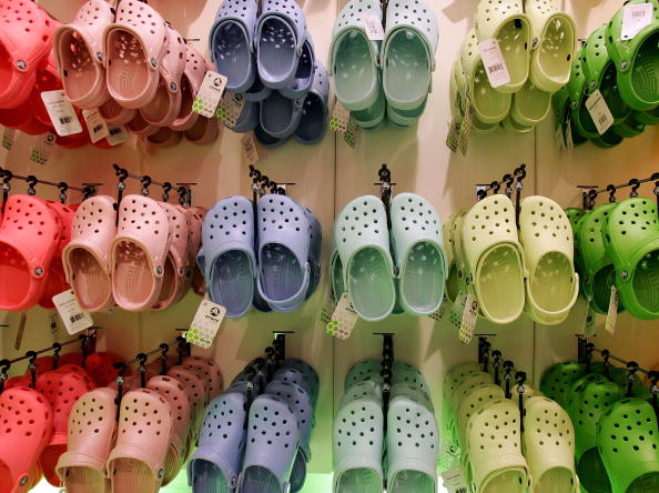 Shoe「Crocs Footwear Open Flagship Store」:写真・画像(2)[壁紙.com]