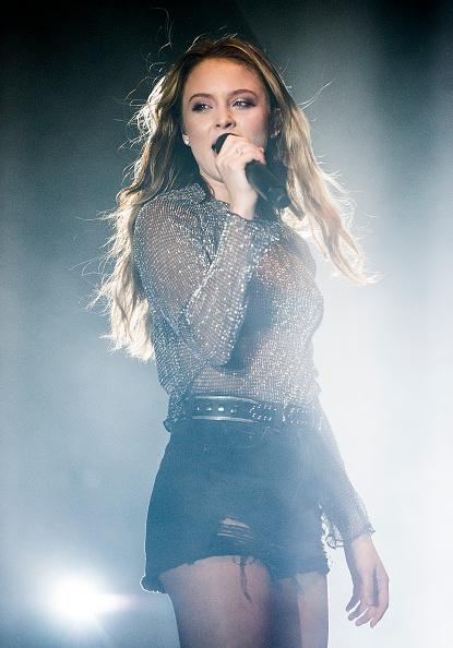 Eamonn M「Zara Larsson Performs At The Eventim Apollo」:写真・画像(7)[壁紙.com]