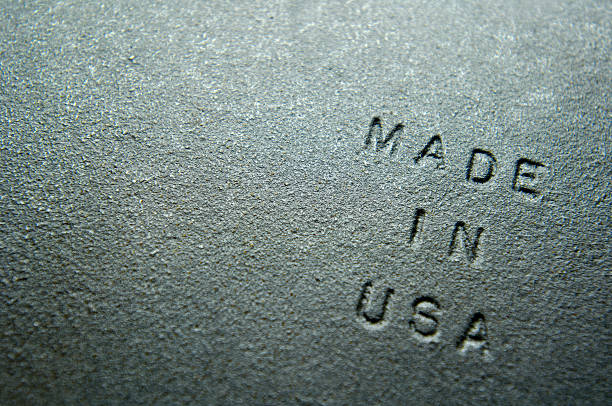 """Old Iron Plate Embossed With """"MADE IN USA"""":スマホ壁紙(壁紙.com)"""