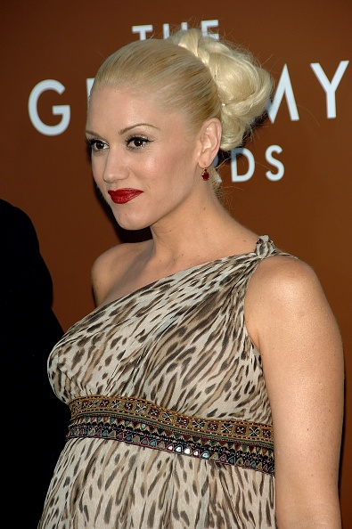 Strap「48th Annual Grammy Awards - Arrivals」:写真・画像(17)[壁紙.com]