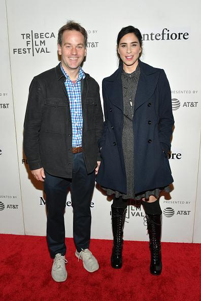Gray Jacket「Tribeca Talks - Storytellers - Sarah Silverman With Mike Birbiglia - 2019 Tribeca Film Festival」:写真・画像(16)[壁紙.com]
