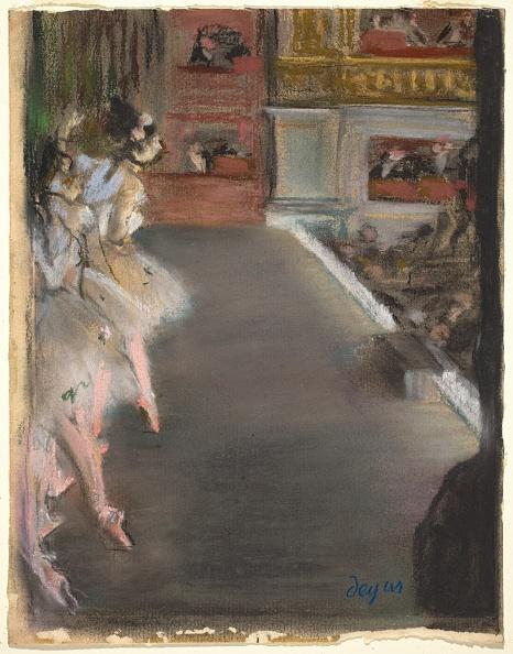 Spot Lit「Dancers At The Old Opera House」:写真・画像(9)[壁紙.com]