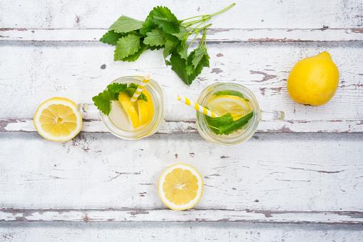 ソーダ「Two glasses of cooled lemonade flavoured with lemon balm」:スマホ壁紙(4)