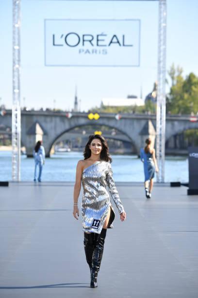 Le Defile L'Oreal Paris : Runway - Paris Fashion Week Womenswear Spring/Summer 2019:ニュース(壁紙.com)