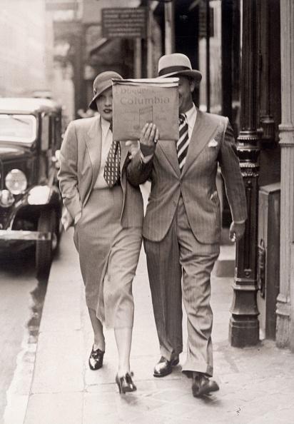 Hiding「Marlene Dietrich in Paris」:写真・画像(6)[壁紙.com]