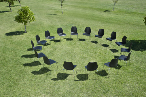 Responsibility「Office chairs in a circle in field」:スマホ壁紙(4)