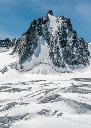 Snow mountain「France, Chamonix, Mont Blanc range, Tour Ronde」:スマホ壁紙(13)
