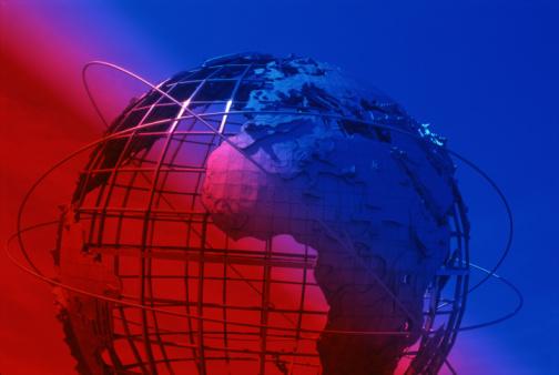 Latitude「Orbits circling globe」:スマホ壁紙(1)