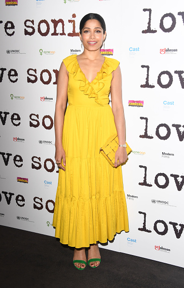 "Yellow Dress「""LOVE SONIA"" UK Premiere - Red Carpet Arrivals」:写真・画像(15)[壁紙.com]"