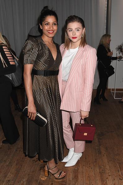 Striped Dress「Forevermark NYC Event」:写真・画像(16)[壁紙.com]