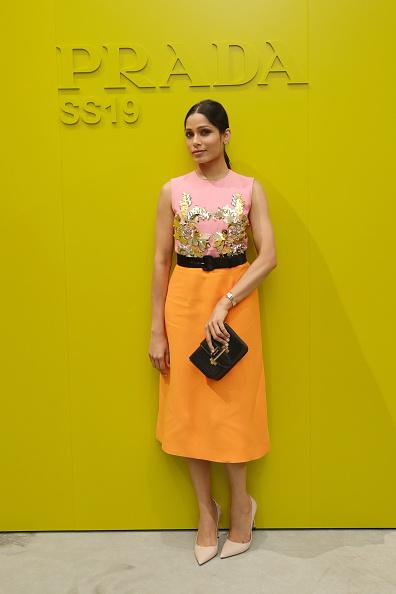 Freida Pinto「Prada Spring/Summer 2019 Womenswear Fashion Show Arrivals and Front R」:写真・画像(12)[壁紙.com]