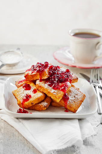 French Toast「French toasts, French toast and berries sauce」:スマホ壁紙(10)