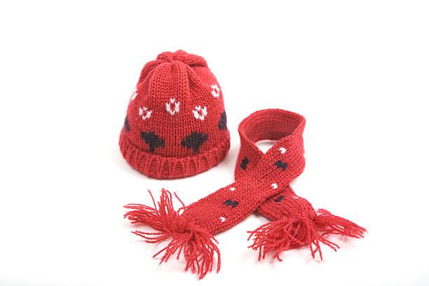 Red Hat and Scarf:スマホ壁紙(壁紙.com)