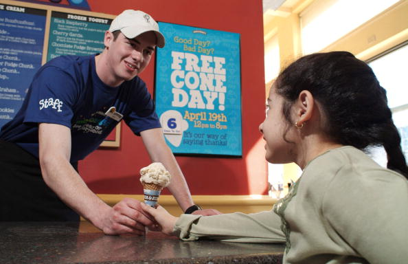 Corporate Business「Ben and Jerry's Offers Free Scoops」:写真・画像(5)[壁紙.com]