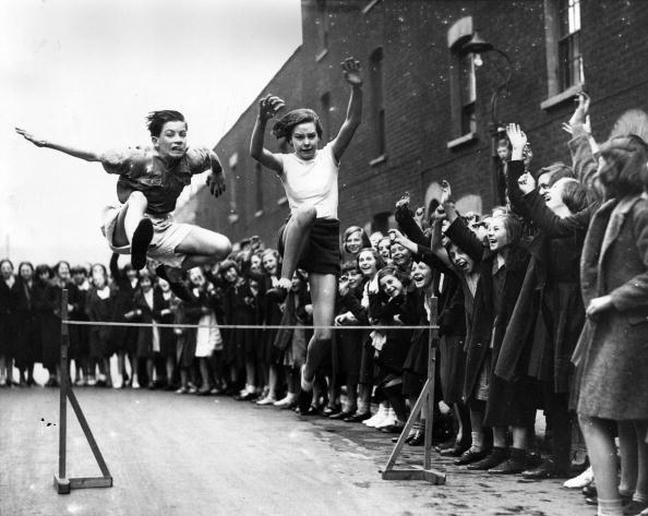 William Vanderson「Street Hurdles」:写真・画像(14)[壁紙.com]