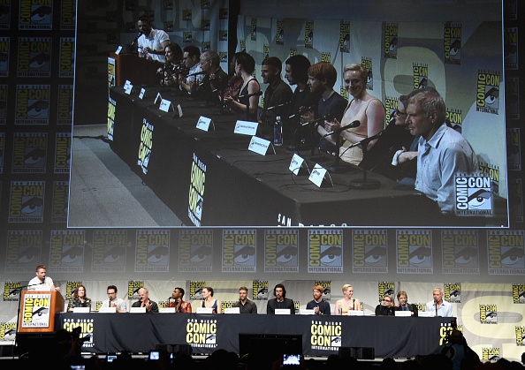 Star Wars Series「Star Wars: The Force Awakens Panel At San Diego Comic Con - Comic-Con International 2015」:写真・画像(7)[壁紙.com]