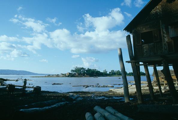 Water's Edge「Ayeyarwady River」:写真・画像(7)[壁紙.com]