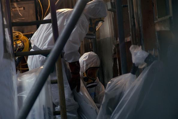Removing「Asbestos Removal, England, United Kingdom」:写真・画像(11)[壁紙.com]