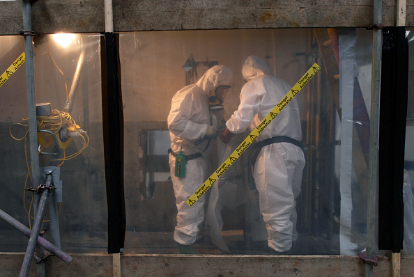 Removing「Asbestos Removal, England, United Kingdom」:写真・画像(7)[壁紙.com]