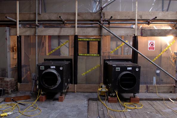 Duct「Asbestos Removal. Safety ventilation.」:写真・画像(0)[壁紙.com]