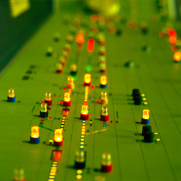 Green Light「Control panel, detail」:写真・画像(0)[壁紙.com]