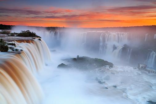 Rainbow「South America, Argentina, Brazil, Iguazu National Park, Iguazu Falls at sunset」:スマホ壁紙(19)