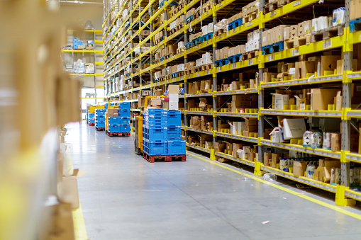Checklist「Diminishing perspective of warehouse」:スマホ壁紙(7)