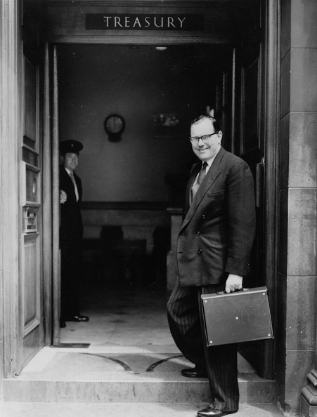 Treasury - Finance and Government「The Chancellor」:写真・画像(9)[壁紙.com]