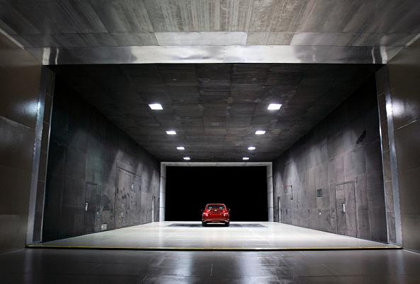 Aerodynamic「GM Marks Anniversary Of Giant Wind Tunnel At Its Aerodynamics Laboratory」:写真・画像(1)[壁紙.com]