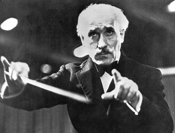Musical Conductor「Toscanini Conducts」:写真・画像(3)[壁紙.com]