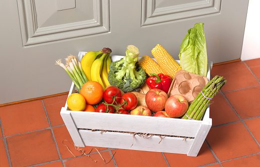 Working「Weekly delivery of healthy fruit and vegetables」:スマホ壁紙(19)