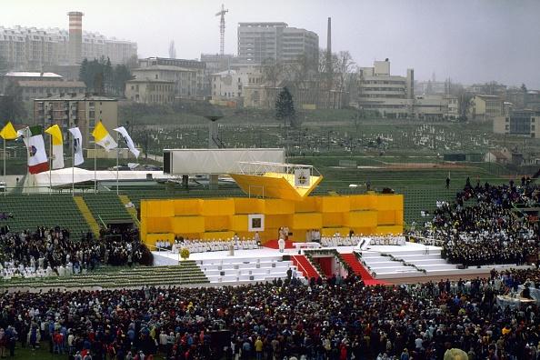 Franco Origlia「Pope John Paul II In Sarajevo」:写真・画像(8)[壁紙.com]
