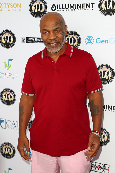 Mike Tyson「Mike Tyson Celebrity Golf Tournament In Support Of Standing United - Arrivals」:写真・画像(1)[壁紙.com]