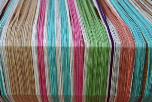 Mill「colorfull textile threads central america style on loom」:スマホ壁紙(2)