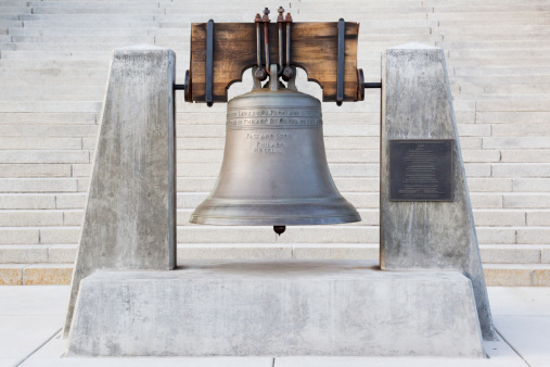 Idaho State Capitol「Liberty Bell Replica - Idaho State Capitol Building」:スマホ壁紙(5)