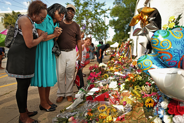 Methodist「Charleston In Mourning After 9 Killed In Church Massacre」:写真・画像(2)[壁紙.com]