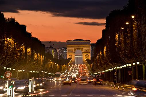 Arc de Triomphe - Paris「Champs-Elysees and the Arc de Triomphe at night」:スマホ壁紙(6)