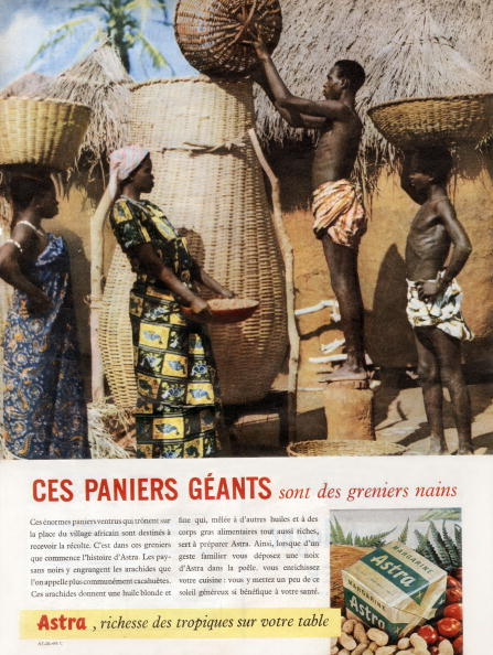 Nut - Food「French advertisement for Astra margarine : harvest of groundnuts in Africa, 1958」:写真・画像(17)[壁紙.com]