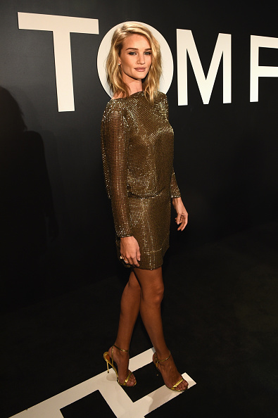 Rosie Huntington-Whiteley「Tom Ford Presents His Autumn/Winter 2015 Womenswear Collection At Milk Studios In Los Angeles - Red Carpet」:写真・画像(9)[壁紙.com]