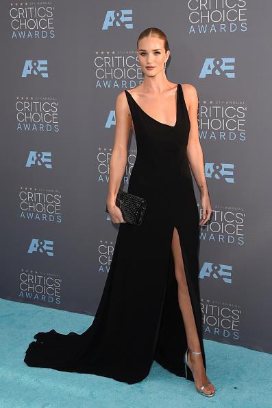 Rosie Huntington-Whiteley「The 21st Annual Critics' Choice Awards - Arrivals」:写真・画像(13)[壁紙.com]