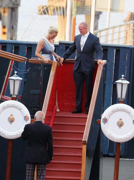 Passenger Craft「Zara Phillips And Mike Tindall Host Pre Wedding Party On Britannia」:写真・画像(9)[壁紙.com]