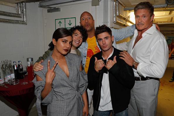 ザック・エフロン「European Premiere of 'Baywatch' in Berlin」:写真・画像(9)[壁紙.com]