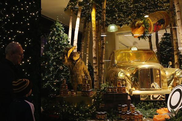 Selfridges - Oxford Street「The Best Of London Stores Christmas Window Displays - 2014」:写真・画像(16)[壁紙.com]