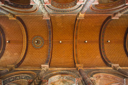 Nouvelle-Aquitaine「The decorated ceiling in Notre Dame la Grande.」:スマホ壁紙(18)