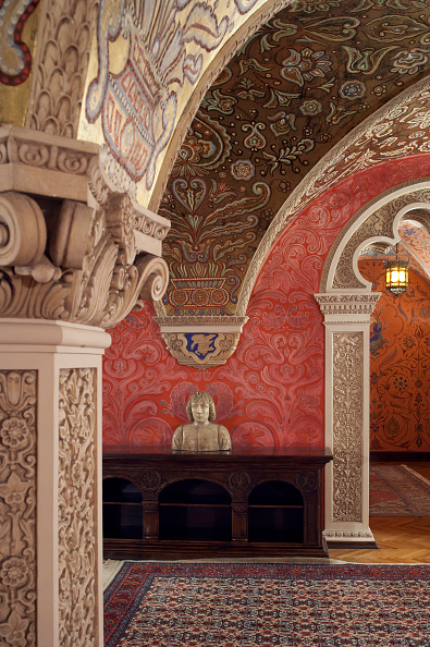 Rug「Cellar, Kings Palace, Belgrade, Serbia」:写真・画像(1)[壁紙.com]