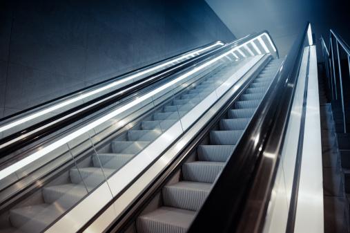 Escalator「エスカレーターの建物」:スマホ壁紙(13)