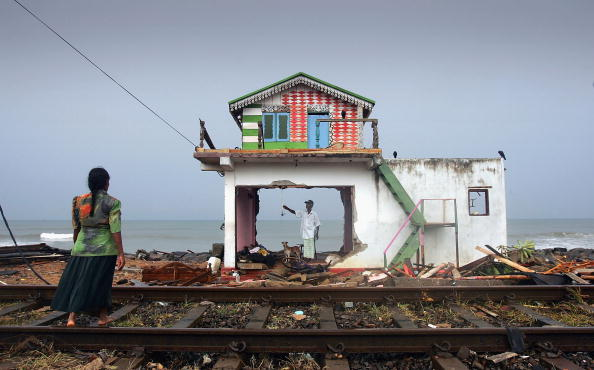 Sri Lanka「The Clear Up Operation Continues In The Devasted Area Of Sri Lanka」:写真・画像(15)[壁紙.com]