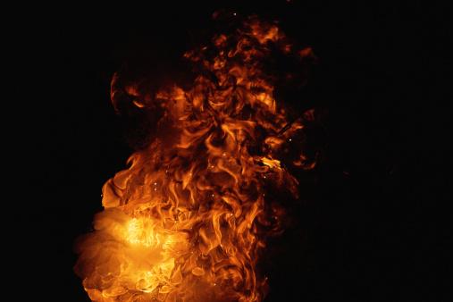 Fireball「Fireball with high reaching flames」:スマホ壁紙(10)