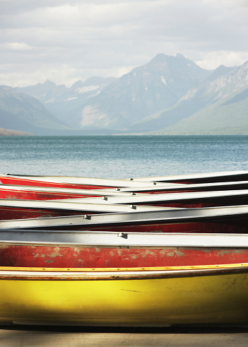 McDonald Lake「Canoe Rowboat Dinghy Dock Summer Camp」:スマホ壁紙(4)