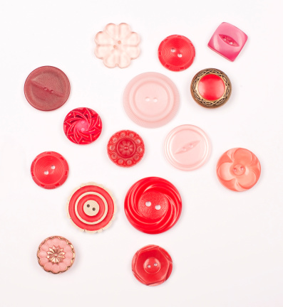 Part of a Series「Red Vintage Buttons」:スマホ壁紙(12)
